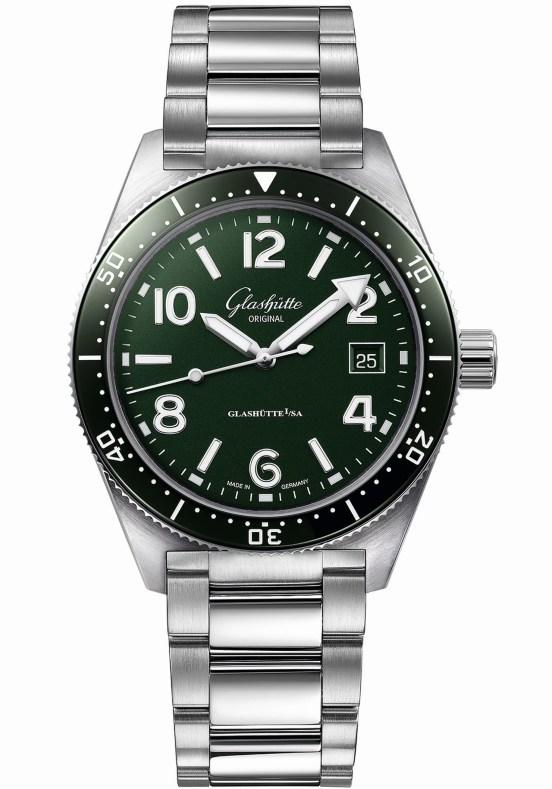 Glashütte Original SeaQ Reed Green diver's watch 200 meters water resistant