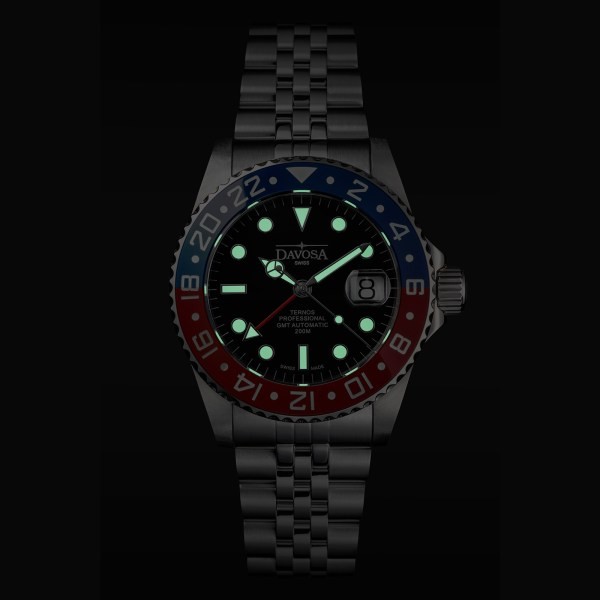 DAVOSA Ternos Professional TT GMT Automatic watch lume shot