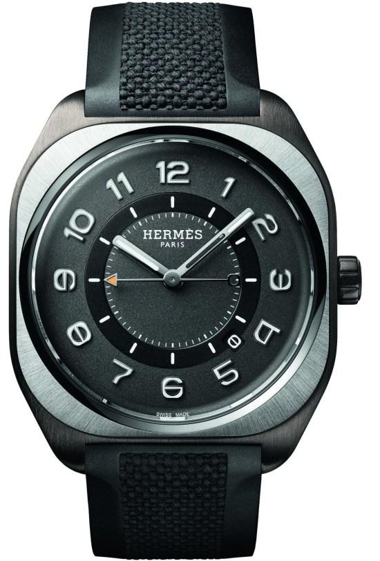 Hermès H08 watch Satin-brushed titanium case with matt black DLC coating