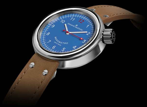 Giuliano Mazzuoli Manometro Compressed watch with polished stainless steel case and blue dial