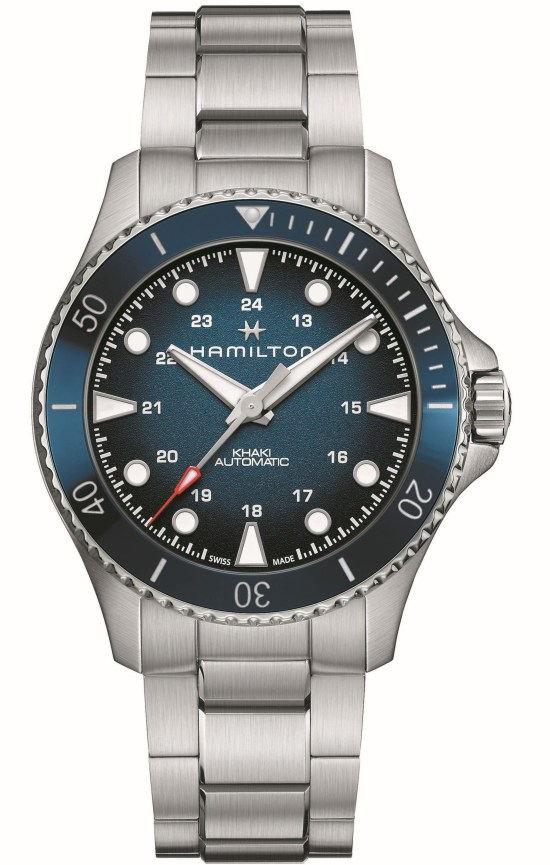 Hamilton Khaki Navy Scuba Automatic 43mm Reference H82505140: Stainless steel case, blue dial, blue bezel-insert and stainless steel bracelet