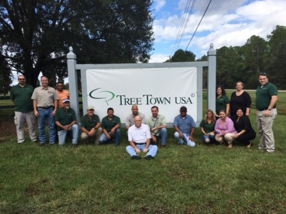 Jonathan with some of Tree Town's most valuable assets - its employees!