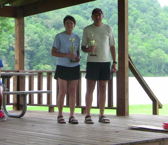 Husband and wife Ronnie and Debbie Harris receiving second place overall in mixed teams