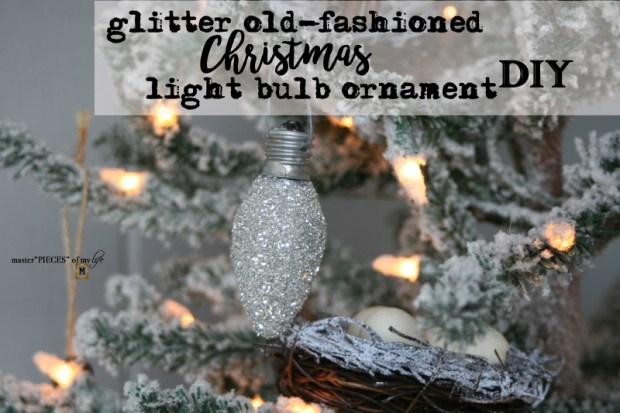 Glitter old fashioned christmas light bulbs