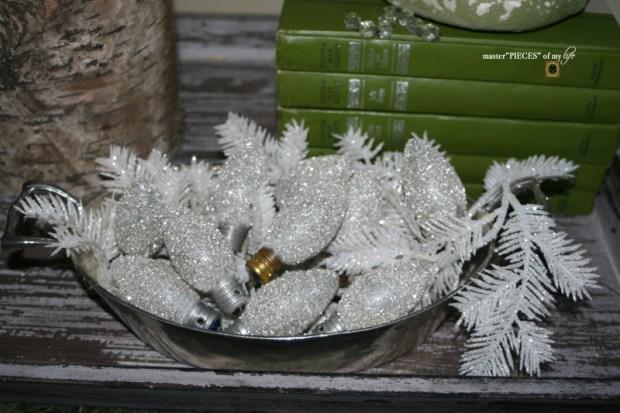 Glitter old fashioned christmas light bulbs4