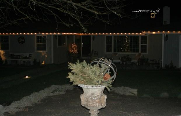Christmastime outside12