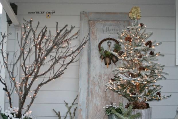 A vintage door & a petite Christmas tree1
