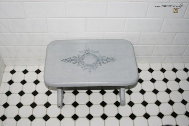 Bathroom reveal 14