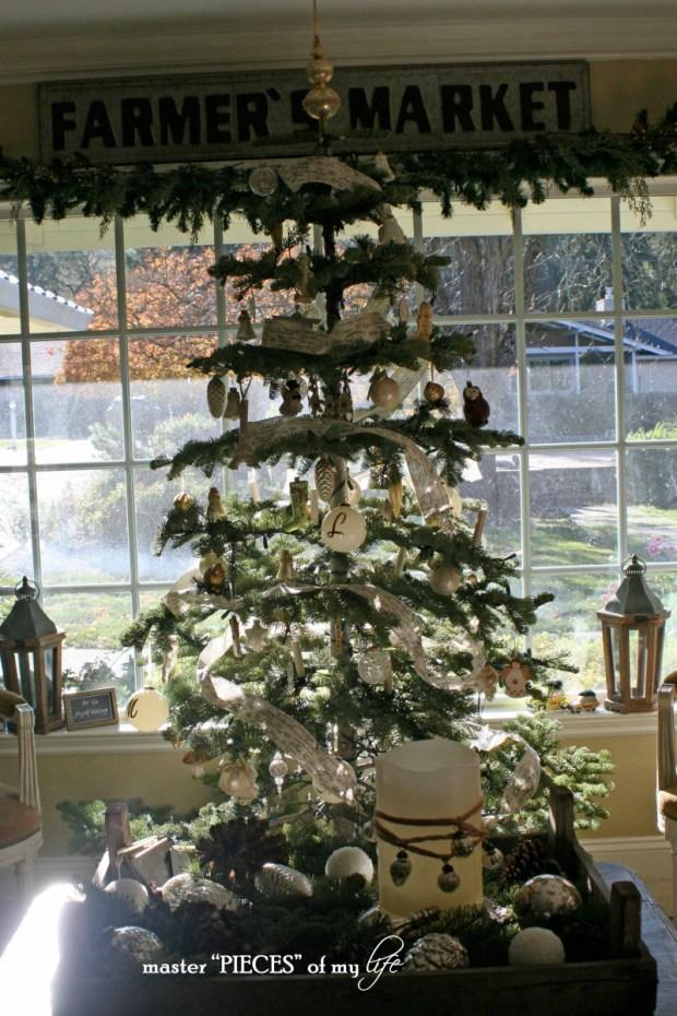 Christmas silver tip tree1