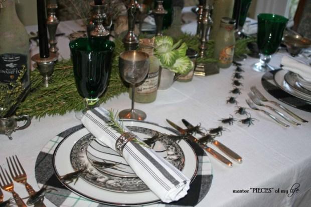 Green & black halloween tablescape4