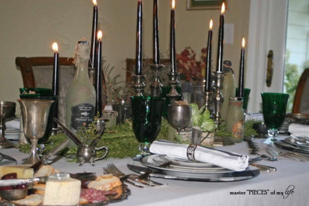 Green & black halloween tablescape9