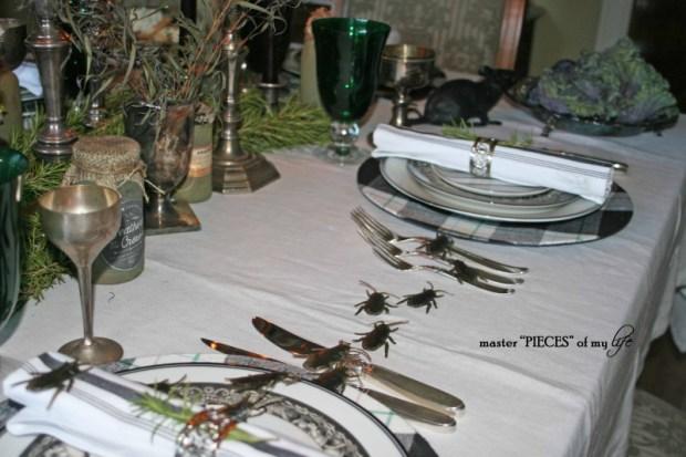 Green & black halloween tablescape13