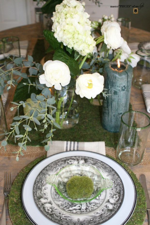 Mossy tablescape13