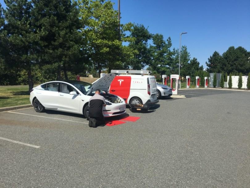 Tesla mobile service ranger