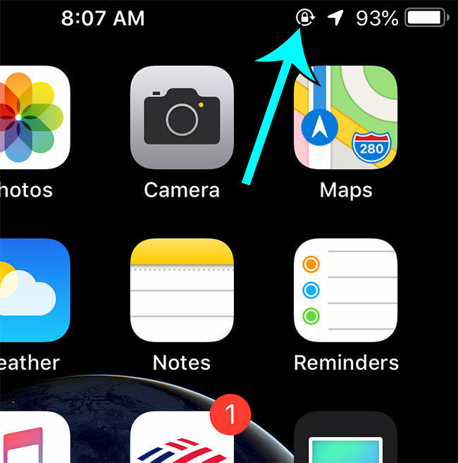 portrait orientation padlock icon at top of iphone screen