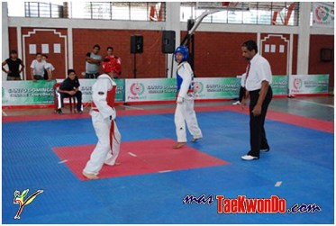 2010-06-14_(8901)x_Actualizacion-Poomsae-Arbitros_Ecuador_600_06