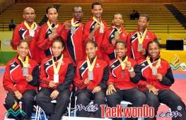 2010-08-04_(12985)x_Rep-Dominicana_Medallistas-Taekwondo_JCC2010