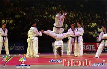 2010-09-30_(16822)x_masTaekwondo_Exhibicion-Galicia-Meilan_600_03