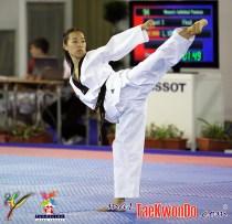 2010-10-16_(17631)x_masTaekwondo_Laura-Kim_03