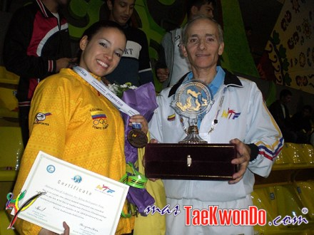 Olga Agudelo y Oskar Posada - Uzbekistan 2010.