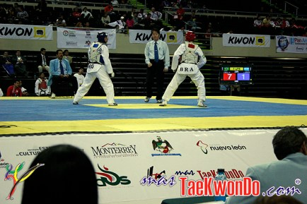 2011-01-07_(20996)x_masTaekwondo_Brasil-en-Panamericano-2010_12