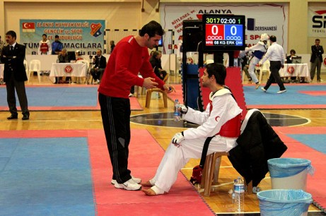 2011-01-31_(21371)x_masTaekwondo-Sakin-Taekwondo-Nacional-Turquia_01