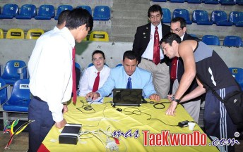 2011-03-02_III-Open-de-Venezuela_Taekwondo_arbitros_09