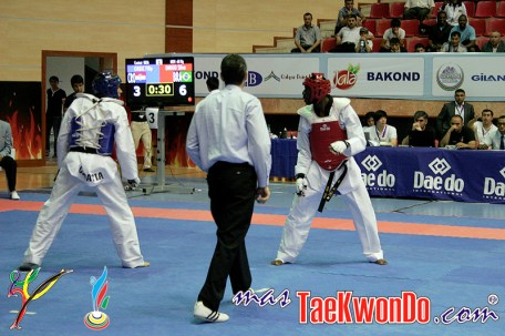 2011-07-09_(29994)x_Diogo-Silva-Baku-2011_Taekwondo_02
