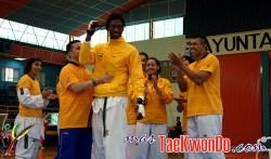 2011-08-30_(31157)x_Record Guinness Taekwondo-Yair_06