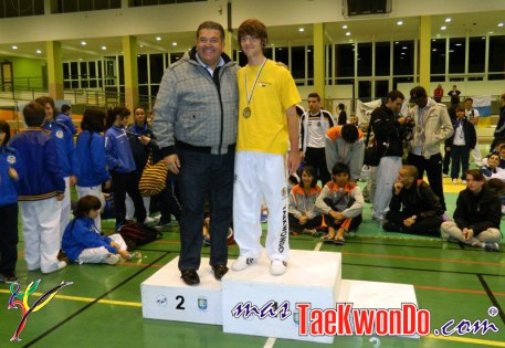 podium cadete masculino -61kg