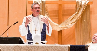 """Richard Jaech, bishop of the Southwestern Washington Synod of the Evangelical Lutheran Church in America, gives a sermon at University Congregation Sunday as the church was officially recognized as a """"Reconciling in Christ"""" congregation. Photo by Josh Aten."""