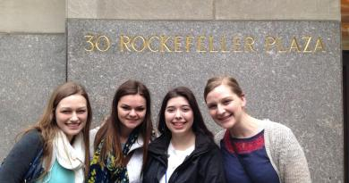 Seniors Mast Media editoral board members Leah Traxel, Jessica Trondsen, Storm Gerlock, and junior member Allie Reynolds outside 30 Rockefeller Plaza during their trip to New York City in March.