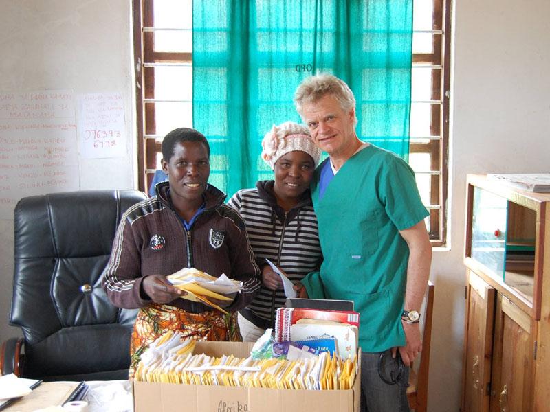Krankenschwestern nehmen Arbeit auf