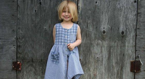 Petite fille à la campagne