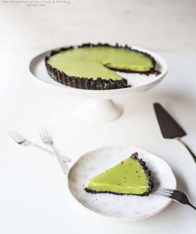 Matcha and oreo tart