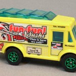 MB889-03 : Food Truck