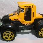 MB686-01 : Tractor Plow