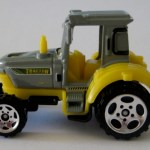 MB703-03 : Tractor