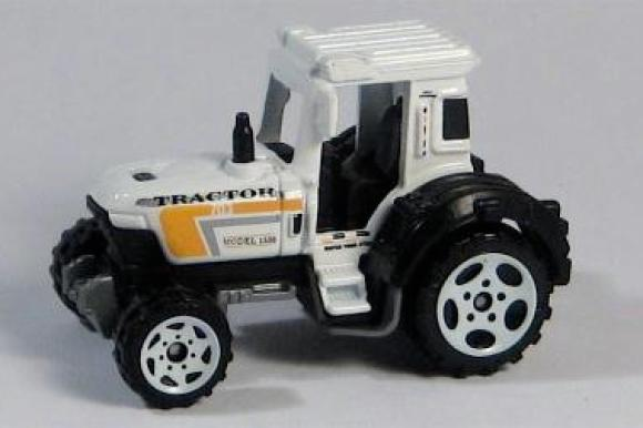 MB703-06 : Tractor
