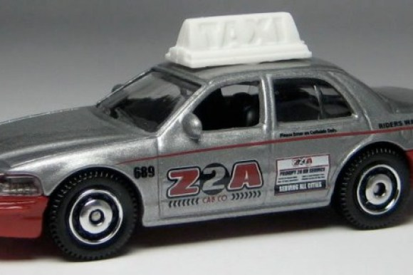 MB689-17 : 2006 Ford Crown Victoria Police