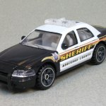 MB689-25 : 2006 Ford Crown Victoria Police