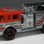 Matchbox MB755-05 : Pierce Dash Fire Engine