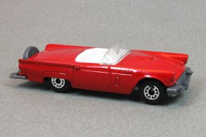 Matchbox MB042 : 1957 Ford Thunderbird