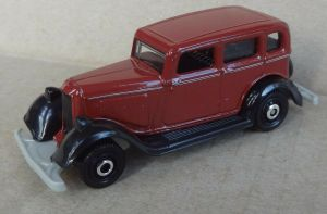 Matchbox MB1087 : 1933 Plymouth Sedan