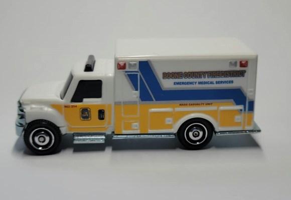Matchbox MB1178 : International Terrastar Ambulance