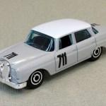 Matchbox MB1220 : 1962 Mercedes-Benz 220 SE Sedan