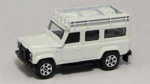 Matchbox MB697 : Land Rover Defender 110