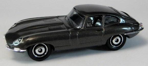 Matchbox MB688 : 1961 Jaguar E Type Coupe