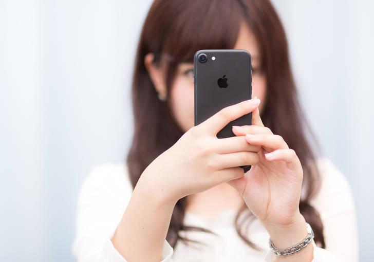 女性iPhone