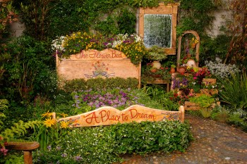20-flower-bed-ideas-homebnc
